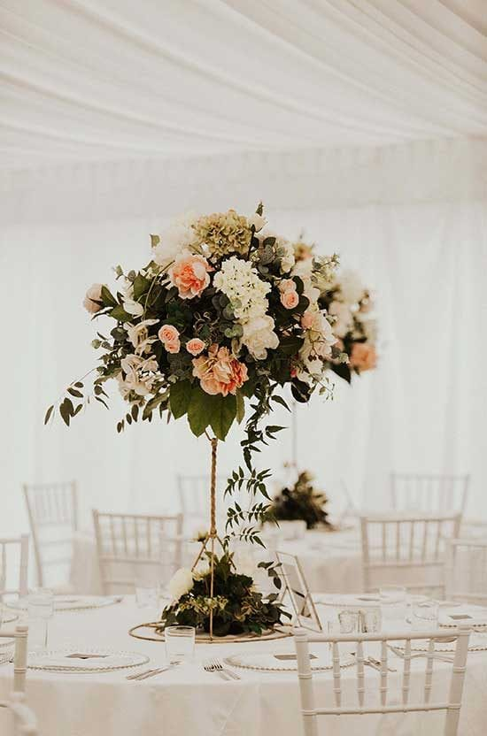 Marquee table feature piece